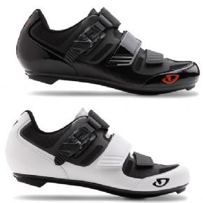 Giro Apeckx 2 Road Cycling Shoes - Classic style with performance features and value that can't be beat.