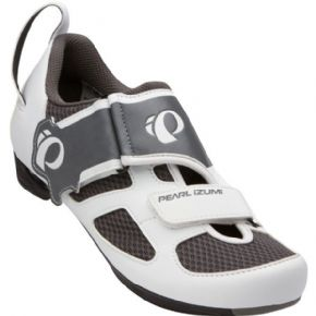 Pearl Izumi Tri Fly 5 Womens Shoe - Same upper as the Tri Fly Carbon but this one comes at an extremely affordable price