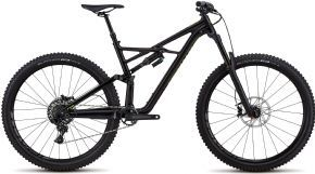 Specialized Enduro Comp 29/6fattie Mountain Bike  2018 - Slacker front end a longer top tube short chainstays and a lower bottom bracket.